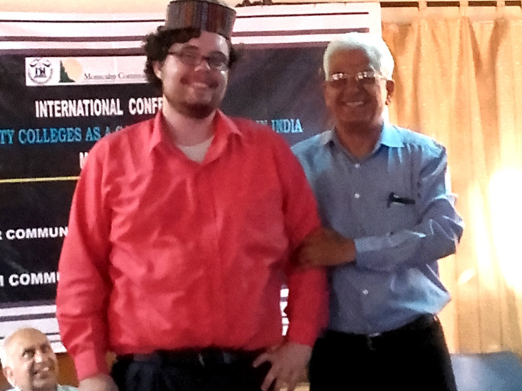 Mr.Vinod Gupta with foreigner guest-msp