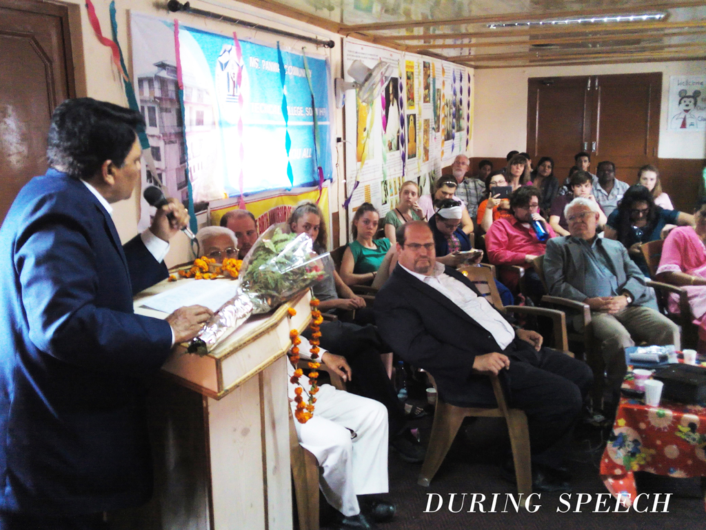 chief Guest delevering speech